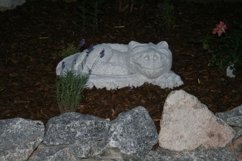 Garten hoyer ulm roggenburg wei enhorn for Granit deko garten